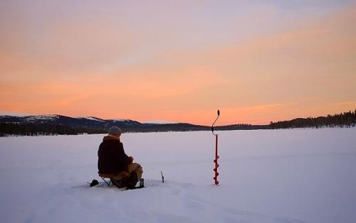 Провалился в полынью. Житель Златоуста едва не утонул на городском озере