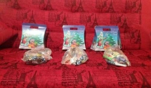 Кто порылся в детских кульках? У златоустовских детей украли конфеты
