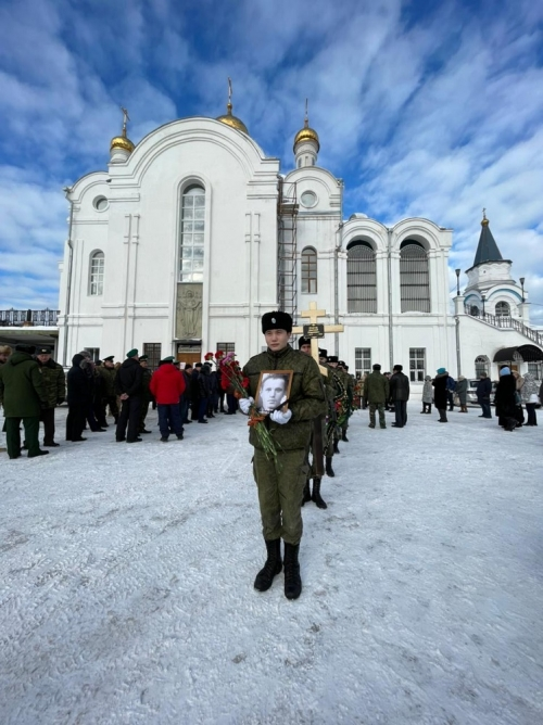 Солдат вернулся на родину. В Златоусте перезахоронили прах красноармейца, погибшего в годы Великой Отечественной войны